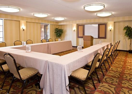 Comfort Inn & Suites Pottstown: Meeting Room UShape