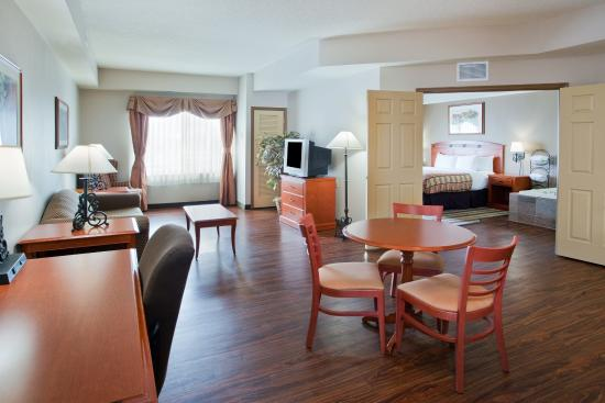 Country Inn & Suites By Carlson, Hagerstown: CountryInn&Suites Hagerstown Suite