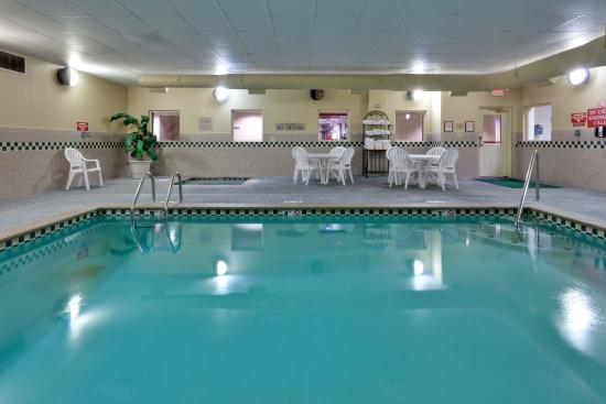 Photo of Country Inn & Suites Clinton