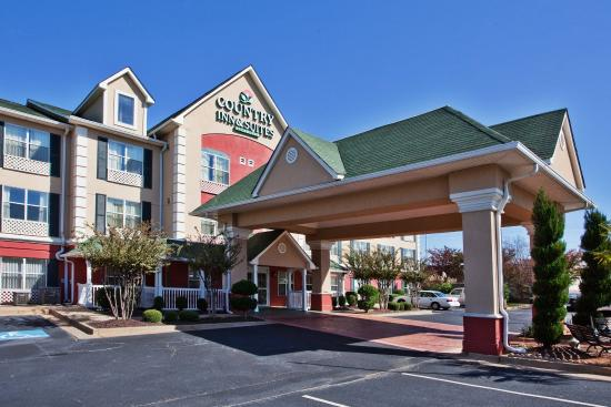 Country Inn & Suites By Carlson, McDonough: CountryInn&Suites McDonough  ExteriorDay