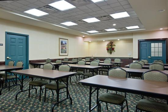 Country Inn & Suites By Carlson, Newport News South: CountryInn&Suites NewportNewsS  MeetingRoom