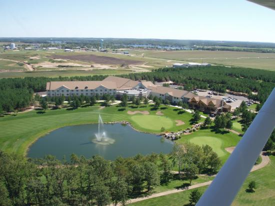 Thumper Pond Resort: Flyover View