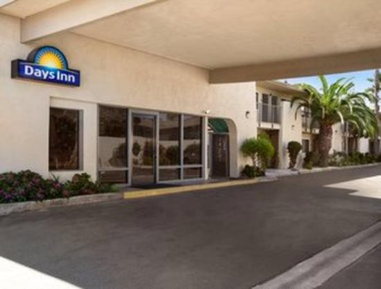 Days Inn by Wyndham Oceanside