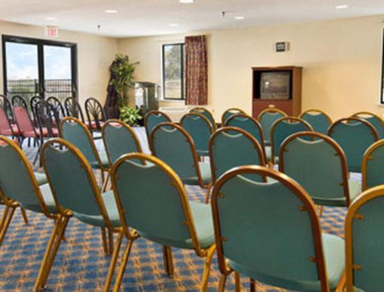 Quality Inn: Meeting Room
