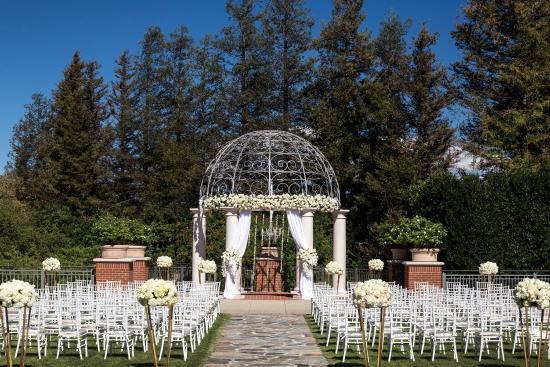 Captivating Four Seasons Hotel Westlake Village: Gazebo And Garden Lawn