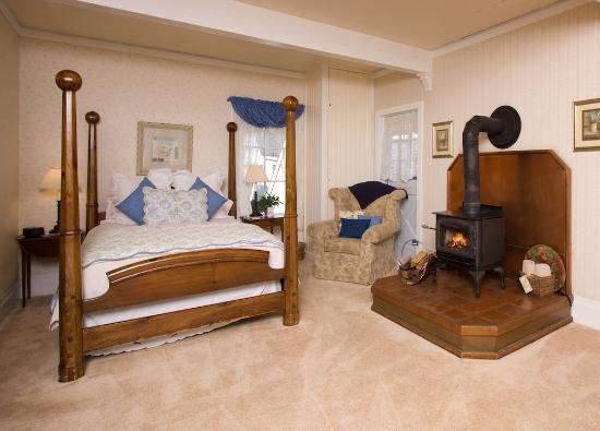 Headlands Inn Bed & Breakfast: IMG