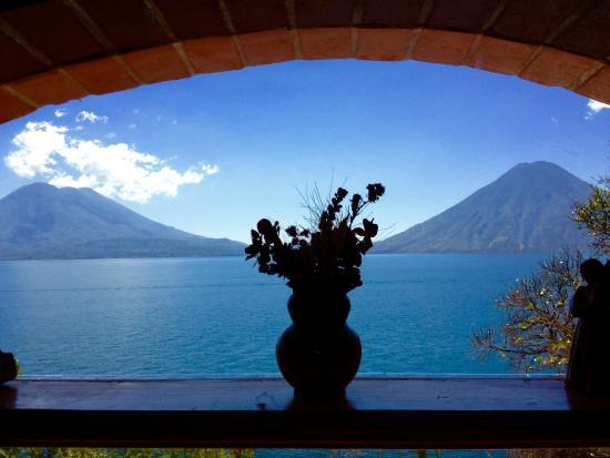 La Casa del Mundo Hotel: View