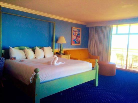 The Shores Resort & Spa: Terrace Suite complete with King bed and pullout couch.