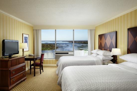Four Points By Sheraton Niagara Falls Fallsview Hotel Parking