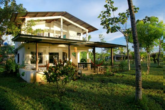 Hotel Hibiscus Garden