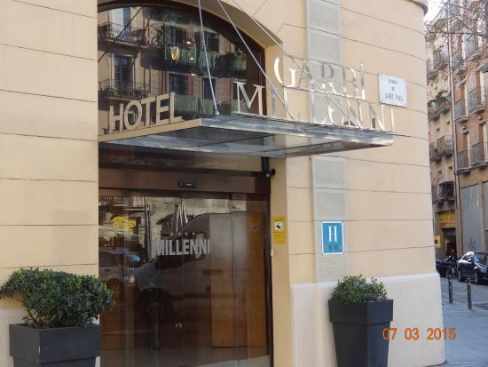Hotel Garbi Millenni: buitenkant