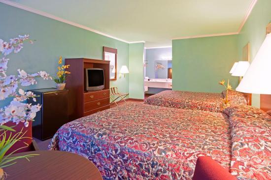Americas Best Value Inn & Suites: Double Standard