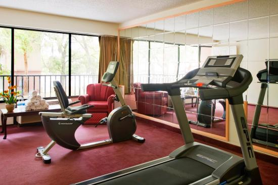 Americas Best Value Inn & Suites: Fitness Room