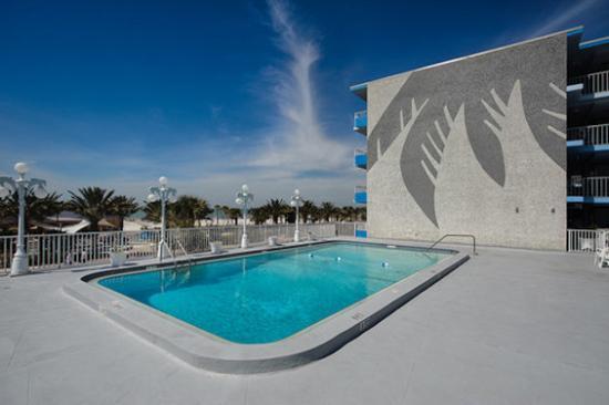 Beachview Hotel: BVPool