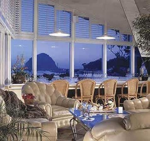 Beachwalker Inn & Suites: Interior