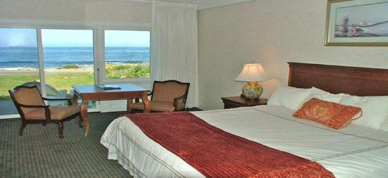 Ocean House Hotel at Bass Rocks: The Oceanfront House King