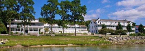 Edgewater Resort: EWRWI