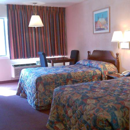 Motel 6 Arlington TX: Parkway Inn Arlington TXBed