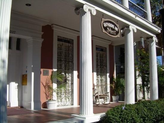 Rathbone Mansions: Rathbone Inn