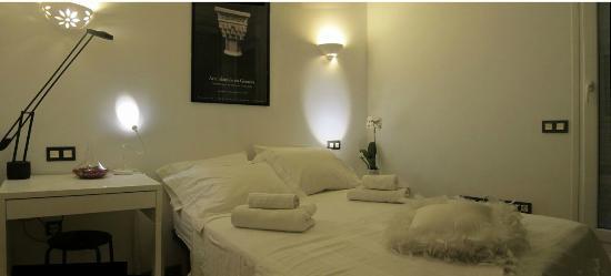 B&B Casa Alfareria 59 : Hab.Blanca - cama de matrimonio.