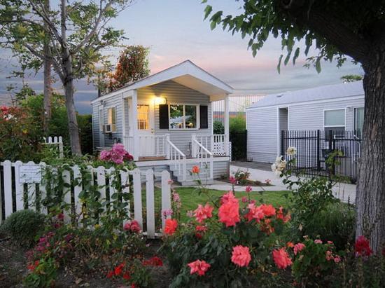 Photo of Arden Acres Cottages Sacramento