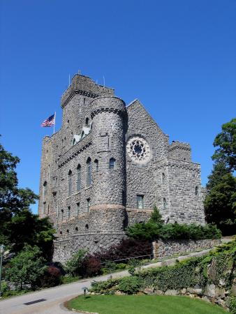 Castle On The Hudson