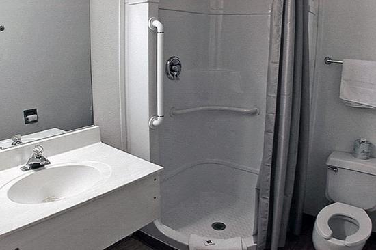 Motel 6 Ft. Stockton: MBath