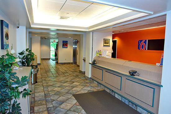 Motel 6 Chicago Joliet - I-55 : MLobby