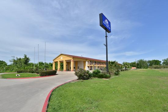 Photo of Americas Best Value Inn Wharton