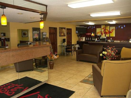 Red Roof Inn - Chattanooga Airport: Lobby