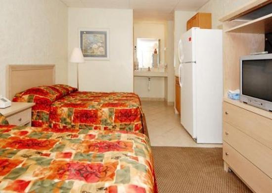 Rodeway Inn Surfside Beach: Guest Room