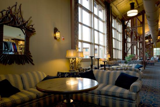 Denali Princess Wilderness Lodge: Lobby View