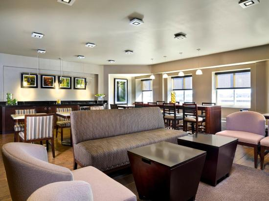Sheraton Needham Hotel : Club Lounge