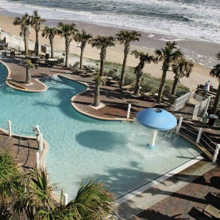 The Cove on Ormond Beach: Cove Oceanfront Pool Deck