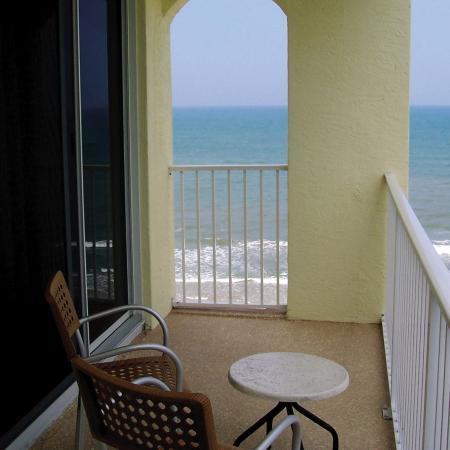 The Cove on Ormond Beach: Cove Oceanview Balcony