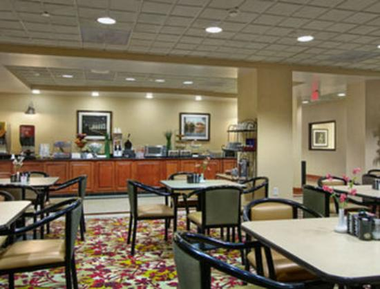 hotel review reviews wingate wyndham chantilly dulles airport fairfax county virginia
