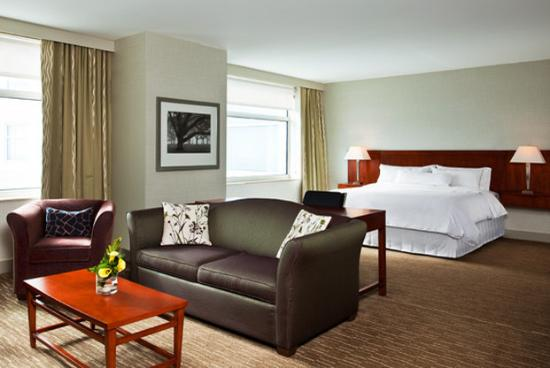 The Westin Lombard Yorktown Center: Presidential Guestroom