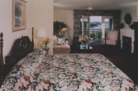 Bluenose Inn - A Bar Harbor Hotel: Guest Room