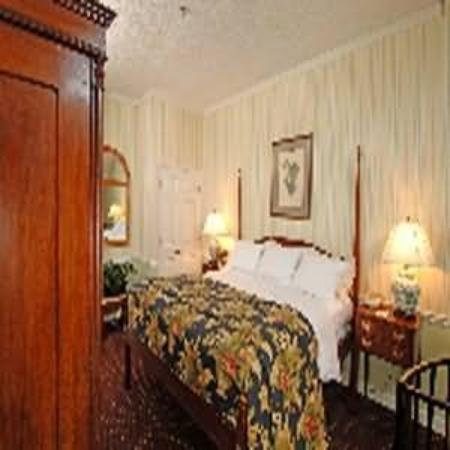 Governors Inn: Guest Room