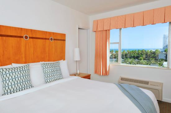 South Seas Hotel : Partial View Guest Room