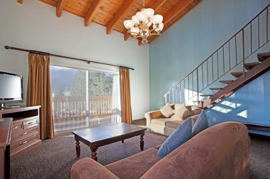 Mammoth Creek Inn: Deluxe Loft