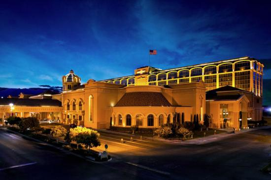 Suncoast Hotel and Casino: Exterior