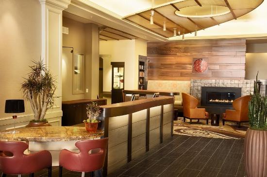 Hotel Abri: Lobby View