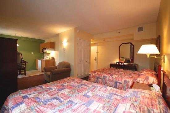 Hotel Les Suites Labelle : Beds