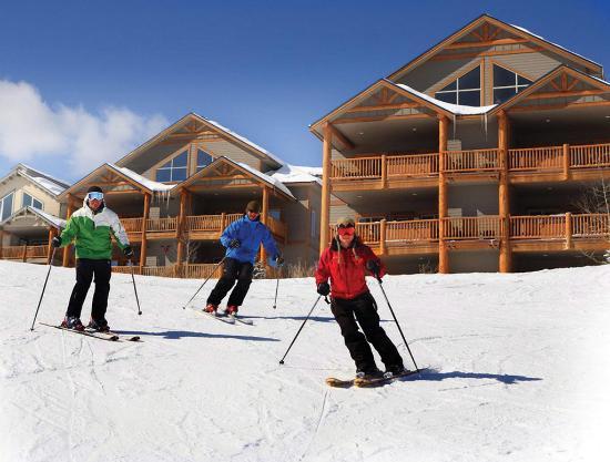 Northstar Mountain Village Resort: Ski to ski from