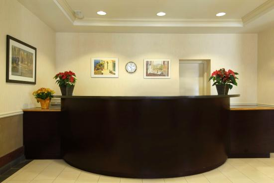 The Champlain Waterfront Hotel, an Ascend Hotel Collection: Lobby