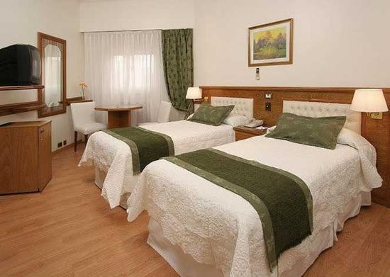 Bristol Hotel Buenos Aires: Twin Room