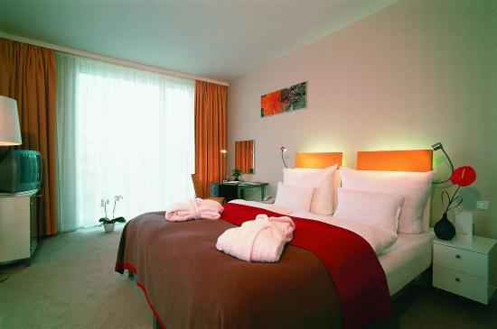 Vienna House Andel's Prague : Deluxe Double Room