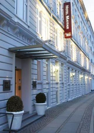 First Hotel Mayfair: Exterior