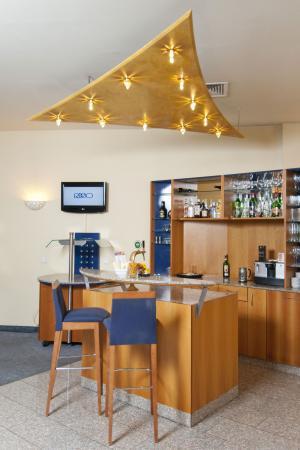 Starlight Suiten Hotel: Starlight Café
